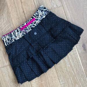 Lululemon Pacesetter running skirt size 2